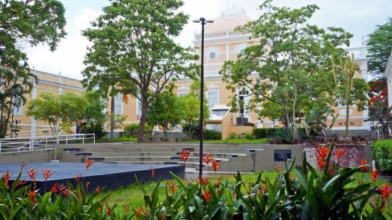 Centro Universitario de Cultura e Artes Theater