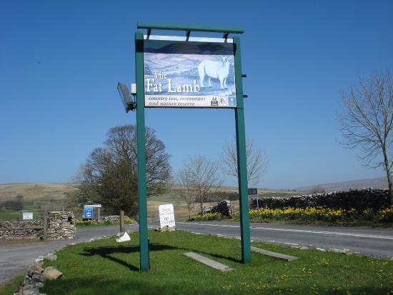 Ravenstonedale, UK: Inn sign