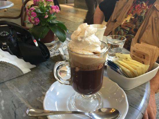 Caffe Mulassano: Un bicerin!