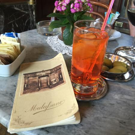 Caffe Mulassano: Spritz and the menu!