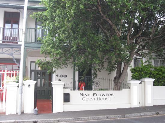 Foto Nine Flowers Guest House