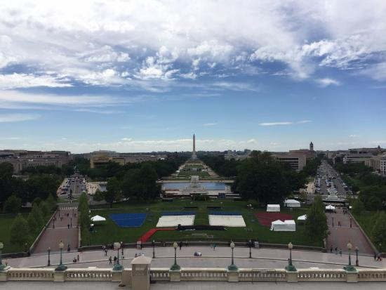 U.S. Capitol: Outside on the Speaker of the House Patio