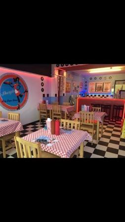 Μπόλτον, UK: Our American themed diner