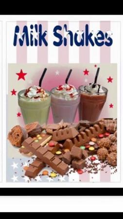 Bolton, UK: Chocolate bar milkshakes