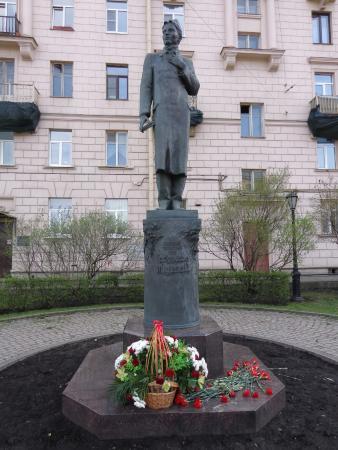 Monument to Gabdulla Tuqay