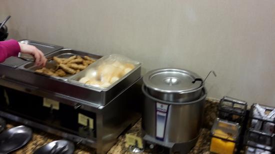 Portage, Indiana: breakfast room