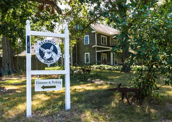 Siler City, Carolina del Norte: Welcome to The Inn at Celebrity Dairy