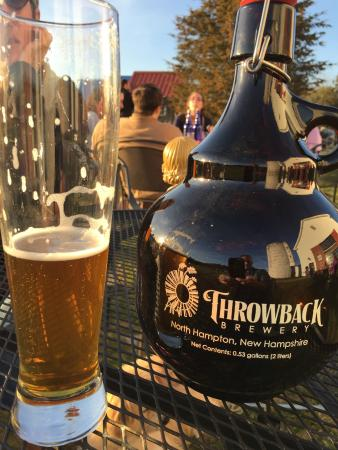 North Hampton, NH: Filling a growler!