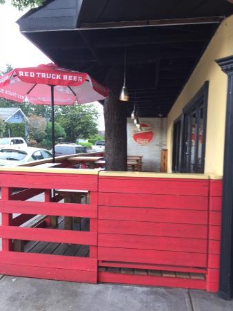 Deacon's Corner Kitsilano Diner