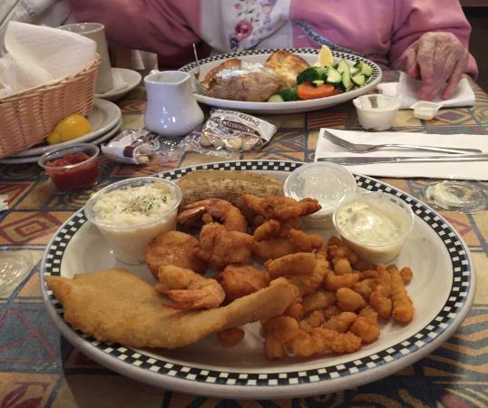 Commack, NY: Fried Combination