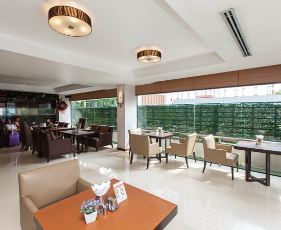 Dawin Hotel Bangkok Reviews