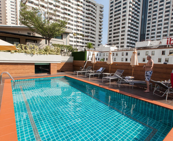 Dawin Hotel Bangkok Reviews
