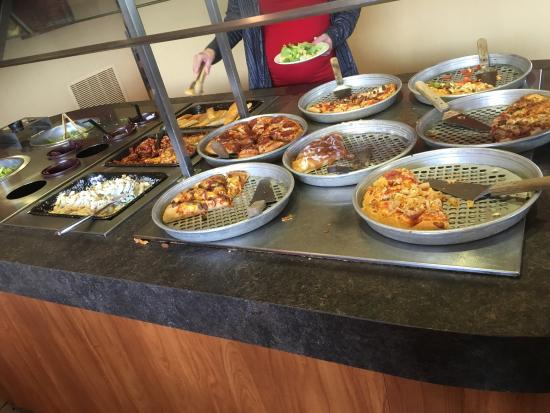 Don T Stop For The Lunch Buffet Review Of Pizza Hut Edmonton