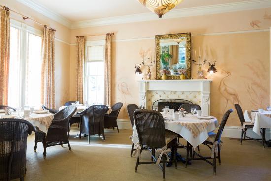 Upper Lake, CA: Tallman Dining Room