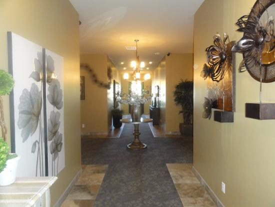 Cottonwood, AZ: Hallway to all rooms