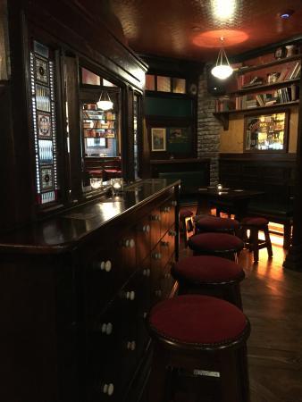 John Keoghs Bar & Restaurant
