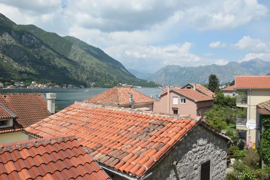Vila Panonija : Morning view with sunny welcome