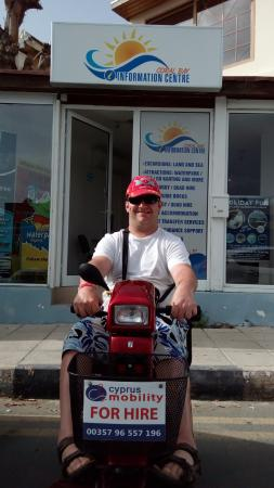 Paphos District, Siprus: Daniel enjoying a day out in Coral bay, the information centre was well worth a visit