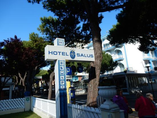 호텔 살루스