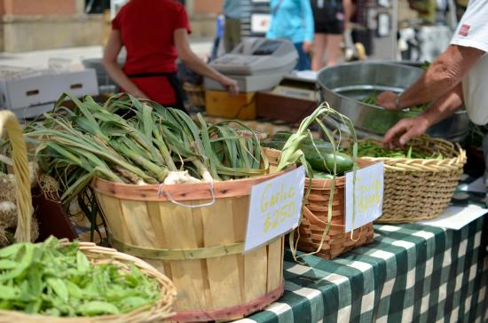 Steamboat Springs Chamber Resort Association Visitor Center: Local produce at the Farmers Market