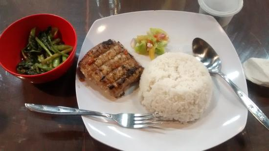 Bambu Den Boulevard Restaurant