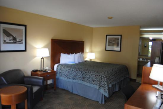 Days Inn Jacksonville Airport: King Room