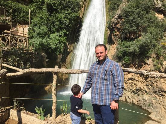 Cascades de Kefrida: شلال كافريدا من اروع الاماكن في مدينة بيجايا