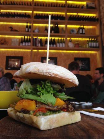 Goolwa, Αυστραλία: Great tasting burger