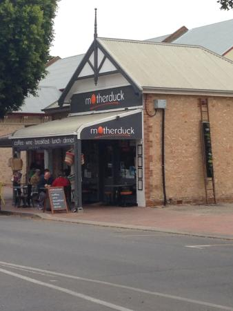 Goolwa, Αυστραλία: mother duck the place to stop for breakfast, lunch, dinner or just a coffee