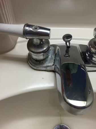Willington, Κονέκτικατ: dirty sink