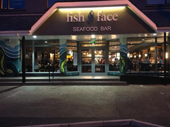 Dunmore East, Ireland: O'Sheas Fish & Chips