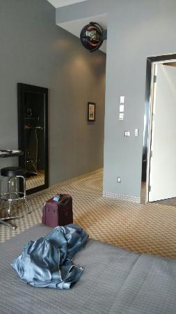 Retro Suites Hotel