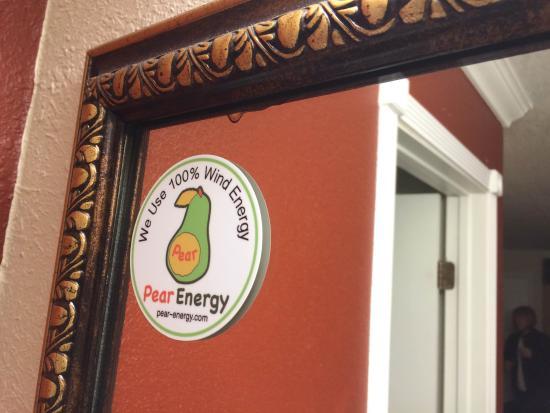 Super 8 Ukiah: Renewable energy sticker
