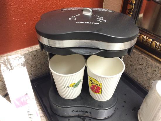 Super 8 Ukiah: Nice coffee maker