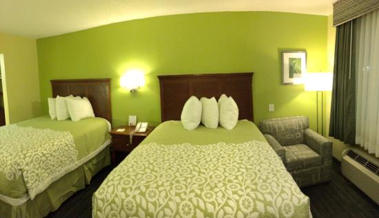 Days Inn & Suites Big Spring: Double Room