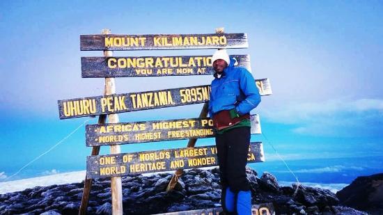 Mount Kibo: IMG_20160517_003252_large.jpg