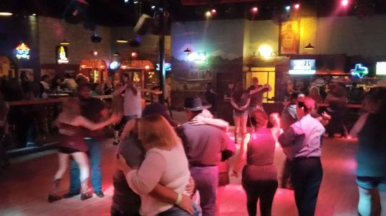 Pflugerville, TX: Country dancing