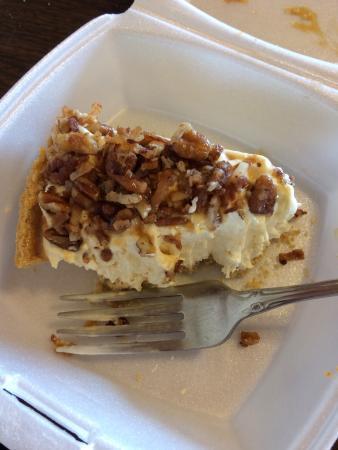 Vienna, IL: Carmel pecan pie & Monte Carlo. Delicious.