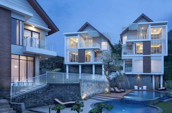 The most beautiful villa in Batu Malang 47546f9cd5