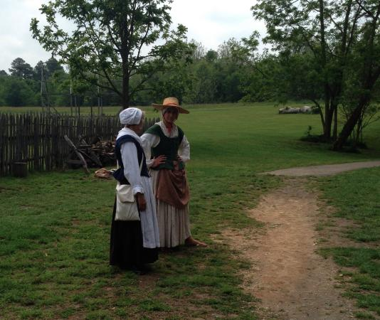 Saint Mary's City, MD: Dressed in period costumes