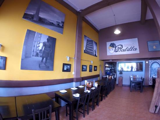Balilla Pizzeria: Prior to opening hours