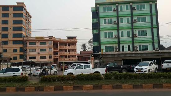 Champa Muang Xam Hotel
