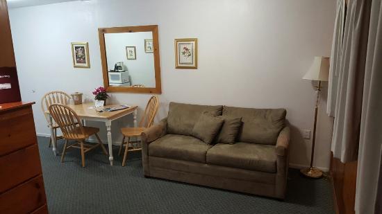 Park Motel room 1A