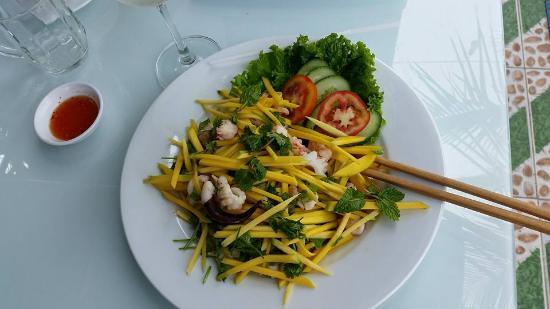 Frankston, Australia: Delicious Calamari salad