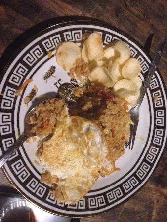 Salassa Guest House: nasi goreng satu jam