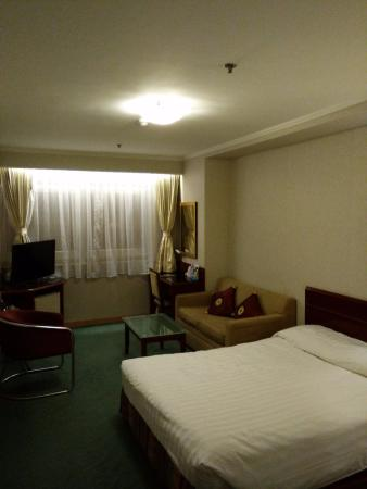 West Hotel: Triple/Family Room