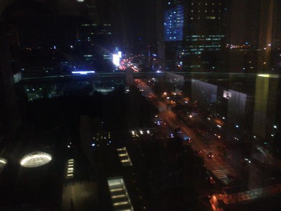 Pemandangan Di Malam Hari Picture Of Js Luwansa Hotel And