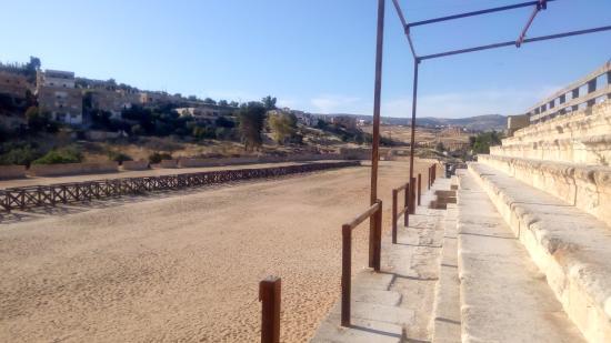 The Roman Army and Chariot Experience: Hippodrome, Jerash, Jordanie