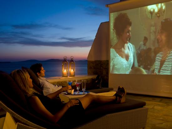 Mykonos Grand Hotel & Resort: Outdoor Cinema experience