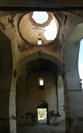 Meghri, Armenia: Интерьер церкви